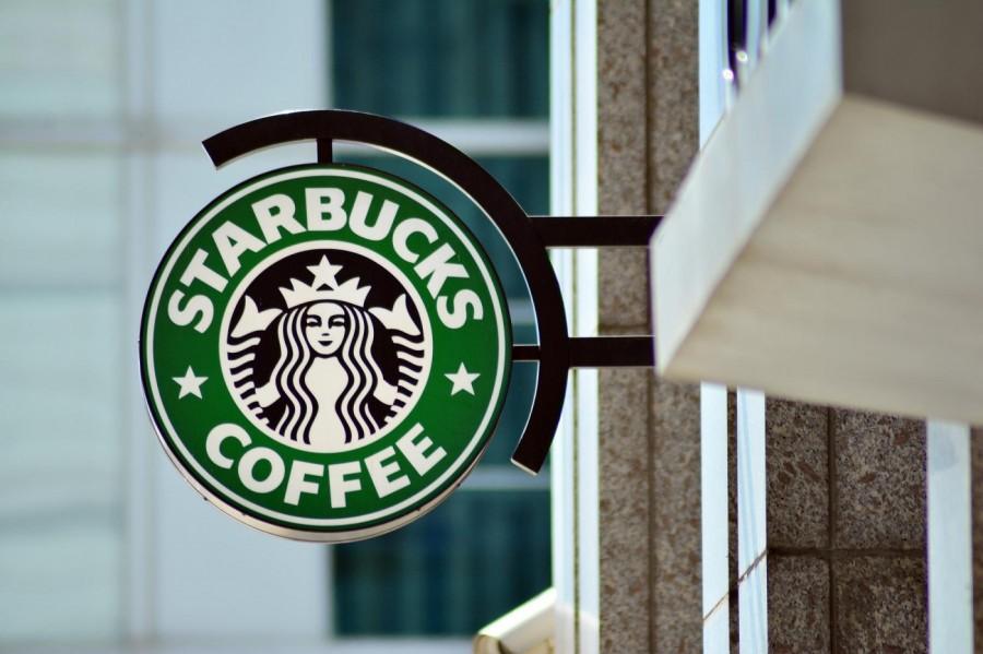 Starbucks每三宗交易,就有一宗是使用手機支付